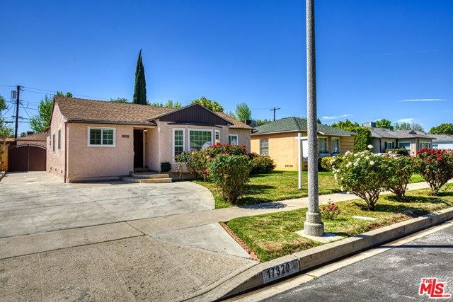 17320 Hamlin Street, Lake Balboa, CA 91406 - MLS#: 21717750