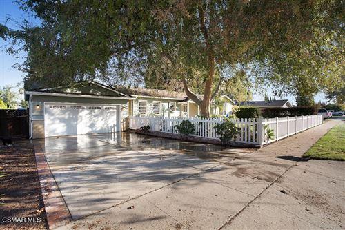 Photo of 555 El Lado Drive, Simi Valley, CA 93065 (MLS # 221005751)