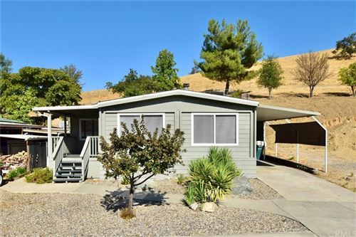Photo of 4395 Valley Lane, Paso Robles, CA 93446 (MLS # NS21203751)
