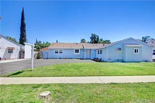 Photo of 17436 Keswick Street, Northridge, CA 91325 (MLS # SR20127751)