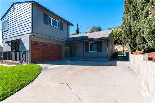 Photo of 13137 Warren Avenue, Los Angeles, CA 90066 (MLS # SR21015751)