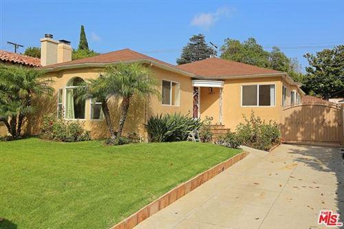 Photo of 10574 ASHTON Avenue, Los Angeles, CA 90024 (MLS # 21755752)