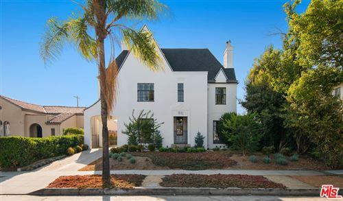 Photo of 811 S Norton Avenue, Los Angeles, CA 90005 (MLS # 21761752)