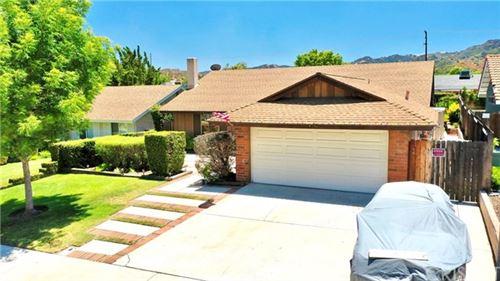 Photo of 24336 Jennifer Place, Newhall, CA 91321 (MLS # SR20130752)