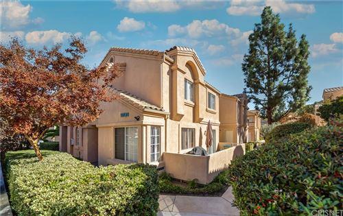 Photo of 18732 Vista Del Canon #E, Newhall, CA 91321 (MLS # SR21230752)