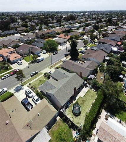 Photo of 944 Paularino Avenue, Costa Mesa, CA 92626 (MLS # OC21097753)