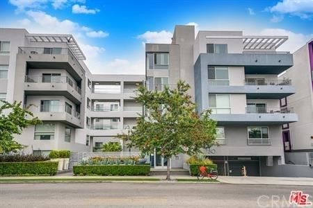 Photo of 1730 Sawtelle Boulevard #307, Los Angeles, CA 90025 (MLS # WS21032753)