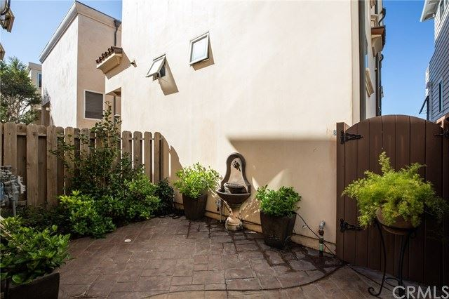Photo of 813 Crest Drive, Manhattan Beach, CA 90266 (MLS # SB20035753)