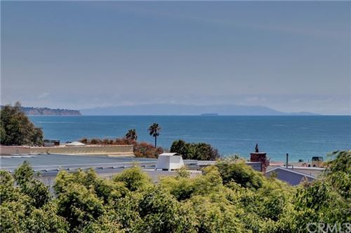 Photo of 2461 Myrtle Avenue, Hermosa Beach, CA 90254 (MLS # SB20143754)