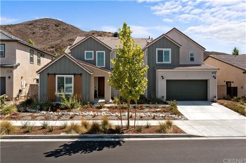 Photo of 18740 Juniper Springs Drive, Canyon Country, CA 91387 (MLS # SR21158754)