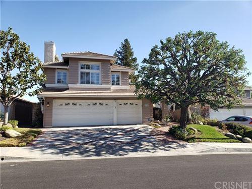 Photo of 28350 Welfleet Lane, Saugus, CA 91350 (MLS # SR21006755)