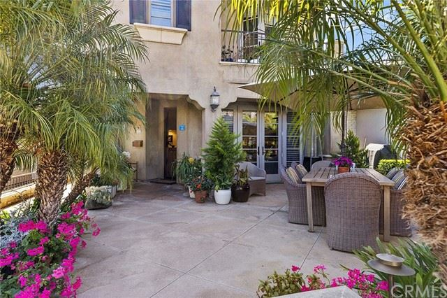Photo of 608 Begonia Avenue, Corona del Mar, CA 92625 (MLS # NP21068755)