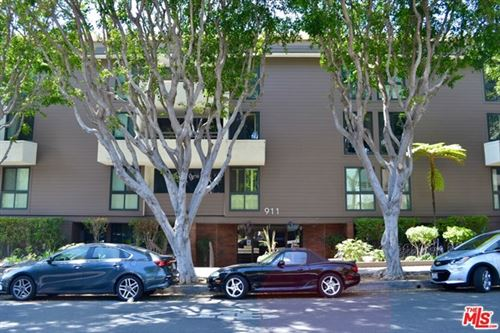 Photo of 911 N Kings Road #111, West Hollywood, CA 90069 (MLS # 21712756)