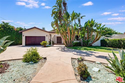 Photo of 5663 Jumilla Avenue, Woodland Hills, CA 91367 (MLS # 21759756)