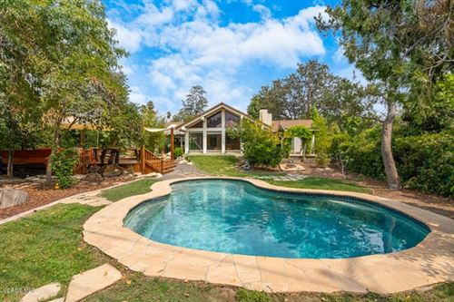Photo of 1927 Meadow View Court, Thousand Oaks, CA 91362 (MLS # 220009756)