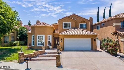 Photo of 26608 Goldenrod Place, Calabasas, CA 91302 (MLS # 221002756)