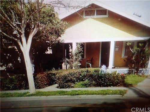 Photo of 501 E Washington Avenue, Santa Ana, CA 92701 (MLS # PW21009756)