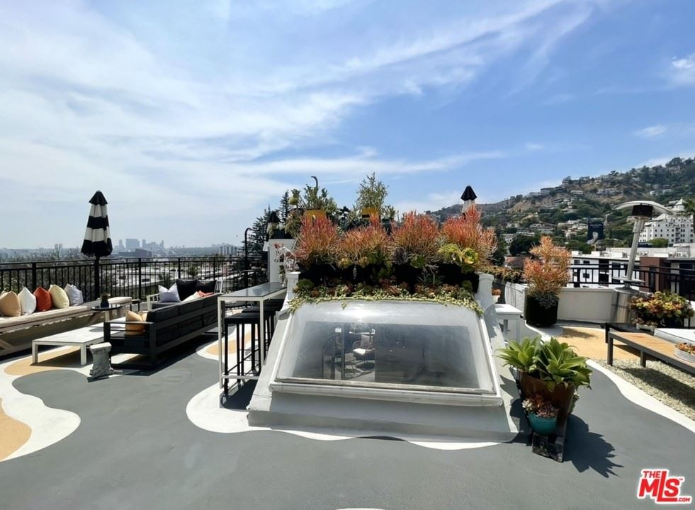 1412 N Crescent Heights Boulevard #202, West Hollywood, CA 90046 - MLS#: 21754756