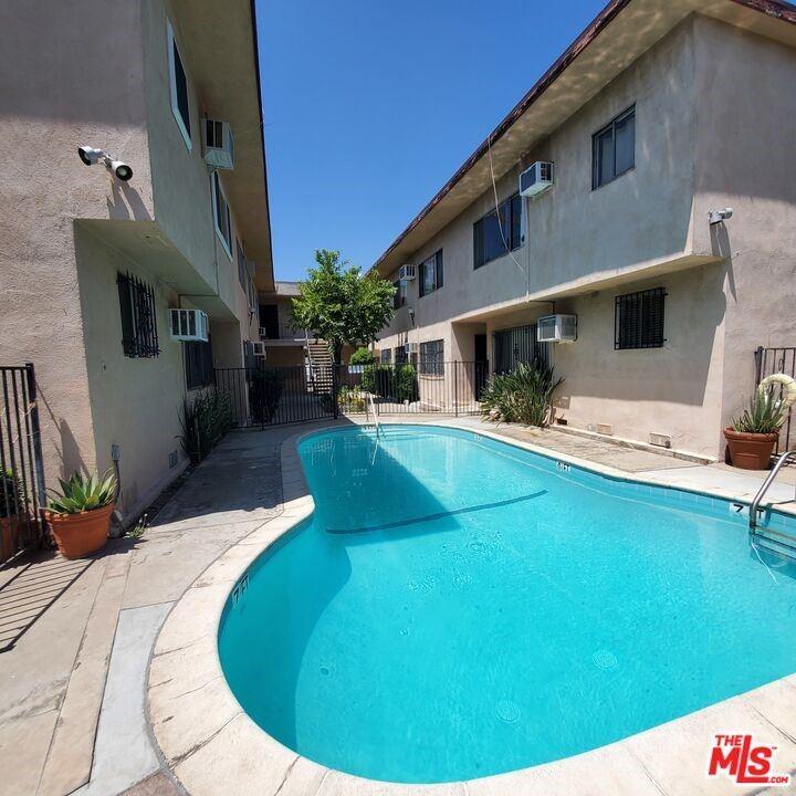 6850 Morella Avenue #13, North Hollywood, CA 91605 - MLS#: 21788756