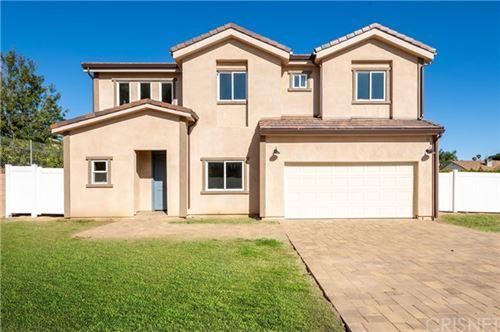 Photo of 16945 Christoff Lane, Northridge, CA 91325 (MLS # SR21069757)