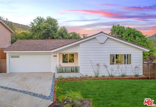 Photo of 460 MOUNT CARMEL Drive, Glendale, CA 91206 (MLS # 20595758)