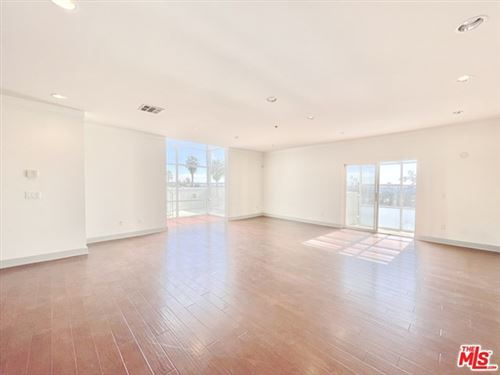 Photo of 8411 De Longpre Avenue #401, West Hollywood, CA 90069 (MLS # 21685758)