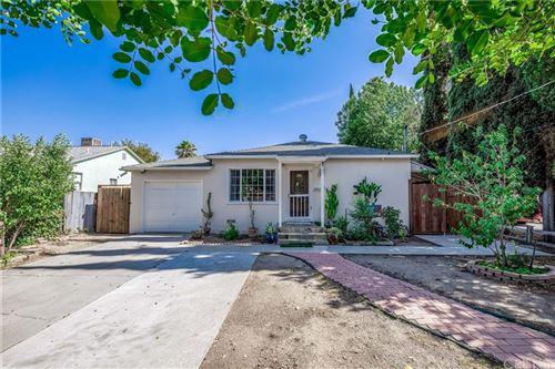 Photo of 21050 Cohasset Street, Canoga Park, CA 91303 (MLS # SR21151758)