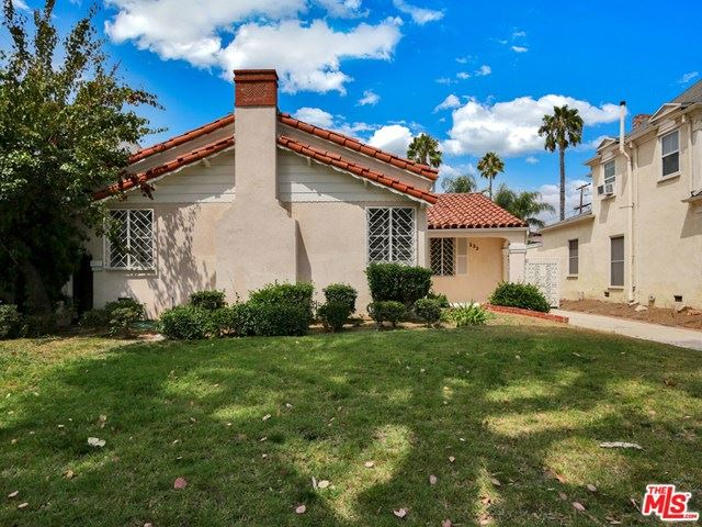 Photo of 233 S Alta Vista Boulevard, Los Angeles, CA 90036 (MLS # 20615758)