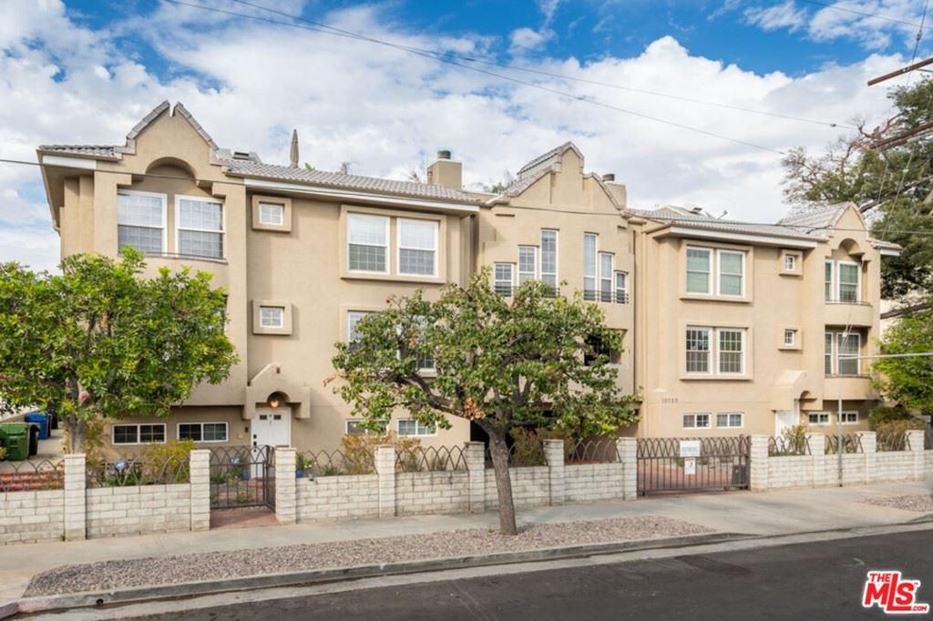 Photo of 10929 Landale Street #1, North Hollywood, CA 91602 (MLS # 21792758)