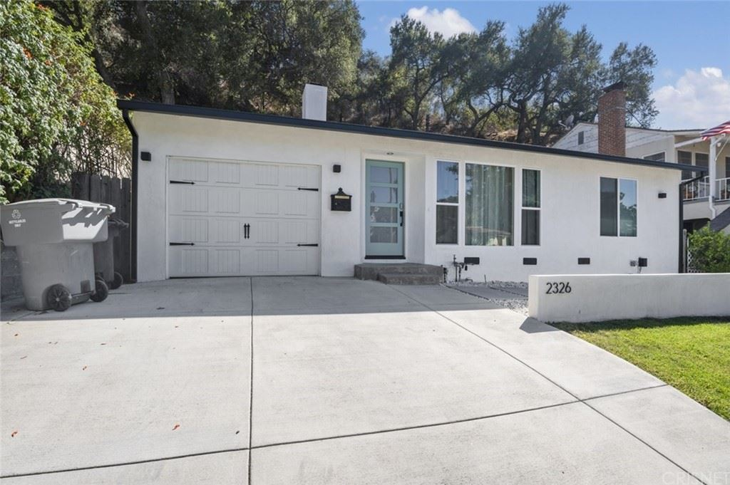 Photo of 2326 E Glenoaks Boulevard, Glendale, CA 91206 (MLS # SR21204758)