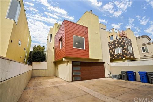 Photo of 313 Anita Street #B, Redondo Beach, CA 90278 (MLS # SB21003759)