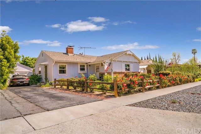 Photo of 5760 Radford Avenue, Valley Village, CA 91607 (MLS # IV21069759)