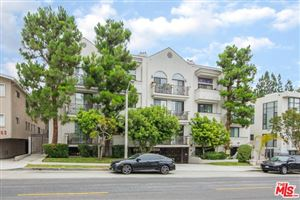 Photo of 860 S LUCERNE #104, Los Angeles, CA 90005 (MLS # 19489760)