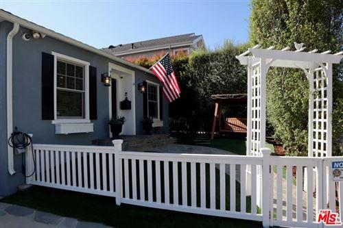 Photo of 947 Hartzell Street, Pacific Palisades, CA 90272 (MLS # 20613760)
