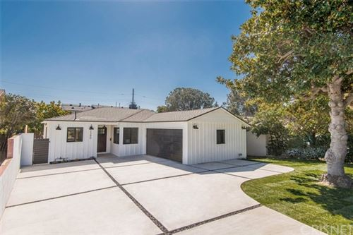 Photo of 2380 Dewey Street, Santa Monica, CA 90405 (MLS # SR21044760)