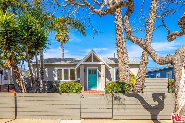 Photo of 1127 Ozone Avenue, Santa Monica, CA 90405 (MLS # 21694760)