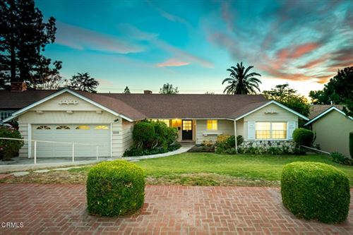 Photo of 2336 Henrietta Avenue, La Crescenta, CA 91214 (MLS # P1-2761)