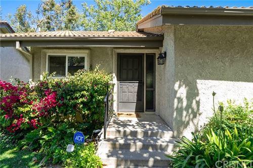 Photo of 38 Meadowlark Lane, Oak Park, CA 91377 (MLS # SR21127761)