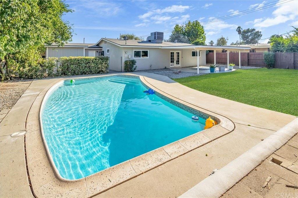1264 E 26th Street, San Bernardino, CA 92404 - MLS#: EV21203761