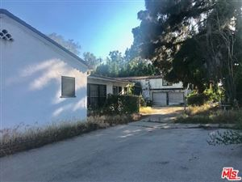 Photo of 5725 CORTEEN Place, Valley Village, CA 91607 (MLS # 19490762)