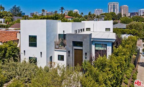 Photo of 10501 Eastborne Avenue, Los Angeles, CA 90024 (MLS # 21783762)