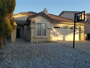 Photo of 14815 Rosemary Drive, Victorville, CA 92394 (MLS # 510762)