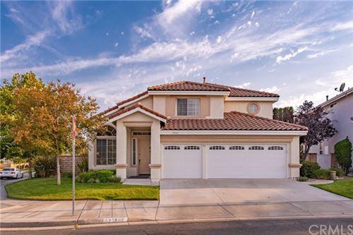 Photo of 23702 Shadylane Place, Valencia, CA 91354 (MLS # OC21131762)