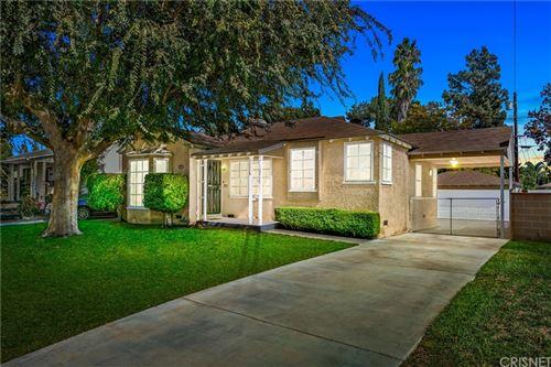 Photo of 1722 N Evergreen Street, Burbank, CA 91505 (MLS # SR21234762)