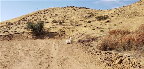 Photo of 0 Vac/Vic Sierra Hwy/Mint, Agua Dulce, CA 91350 (MLS # SR21226763)