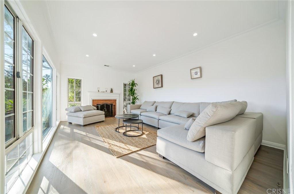 6295 Ivarene Avenue, Los Angeles, CA 90068 - MLS#: SR21211763