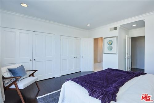 Tiny photo for 450 S MAPLE Drive #305, Beverly Hills, CA 90212 (MLS # 19530764)