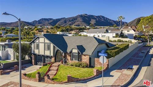 Photo of 18265 Wakecrest Drive, Malibu, CA 90265 (MLS # 20666764)