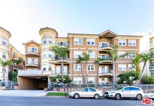 Photo of 917 S New Hampshire Avenue #204, Los Angeles, CA 90006 (MLS # 21731764)