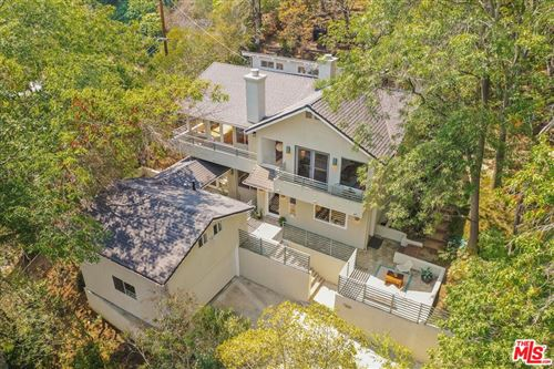 Photo of 7324 Woodrow Wilson Drive, Los Angeles, CA 90046 (MLS # 21776764)